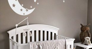 The Decal Guru Mond und Sterne Wandtattoo & Reviews | Wayfair